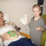 So liegt das Baby in Mamas Bauch...das findet zumindest Jonas